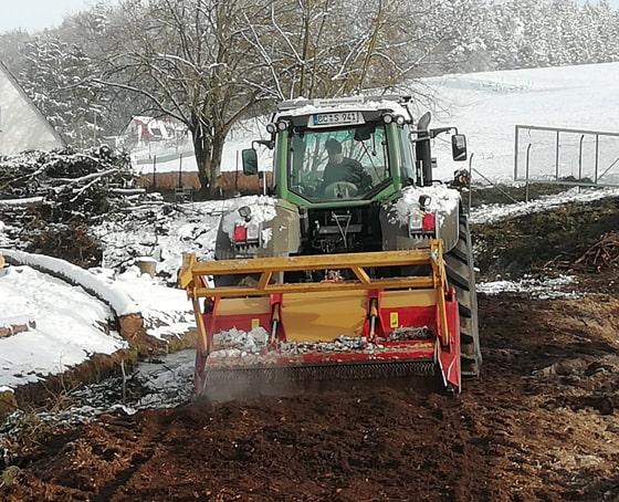 Schnee verdichten mit dem PistenBully - Bild